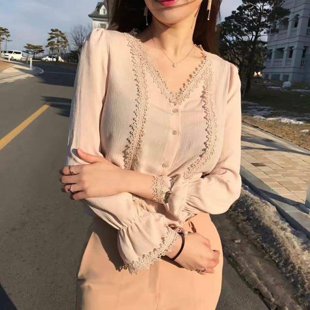 正韓細壓摺圈圈蕾絲拼接雪紡上衣 韓國代購 韓國連線 東大門