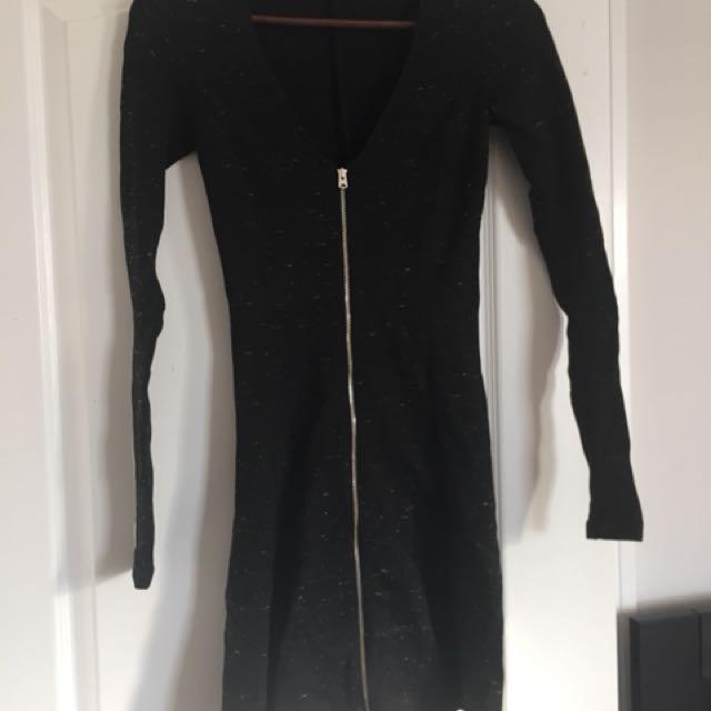 Aritzia Wilfred Zip Dress