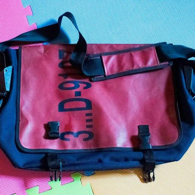 f510481adc9a Authentic adidas shoulder bag