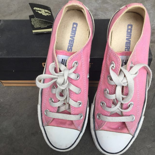 AUTHENTIC Converse Pink