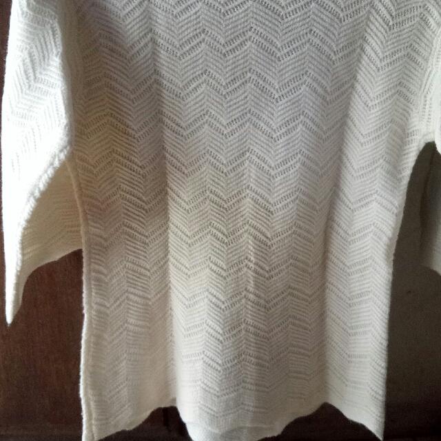 Baju Rajut Putih Tulang