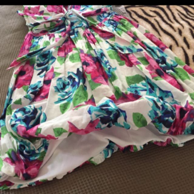 Colourful Tulip Dress Size 8