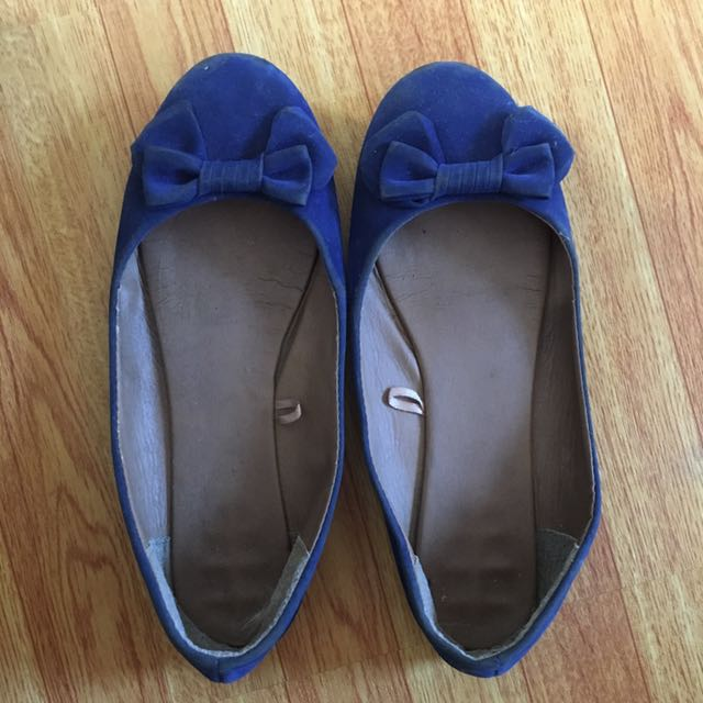 Cotton on blue suede shoes