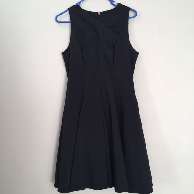 CUE Dress (Size 10)
