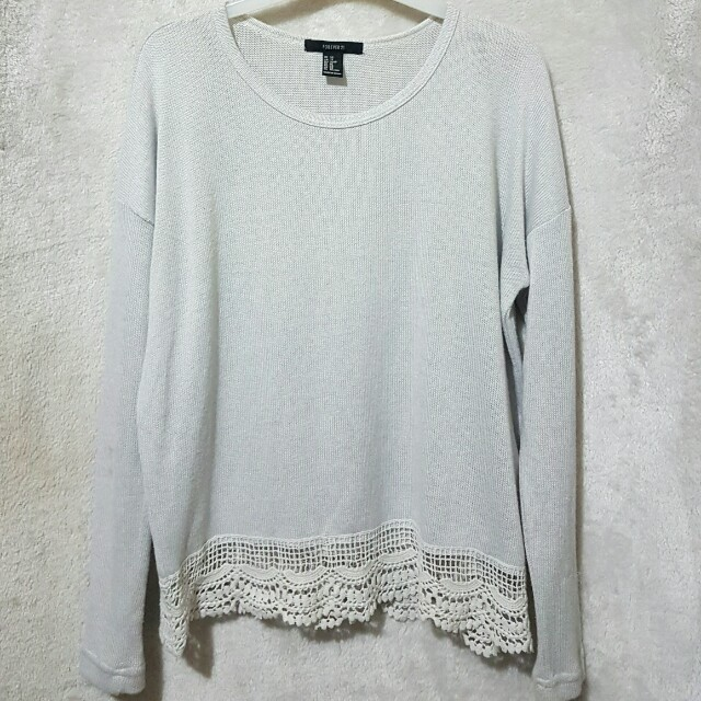 Forever21 knitted lace top
