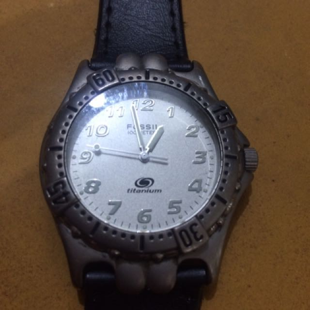 fossil titanium watch