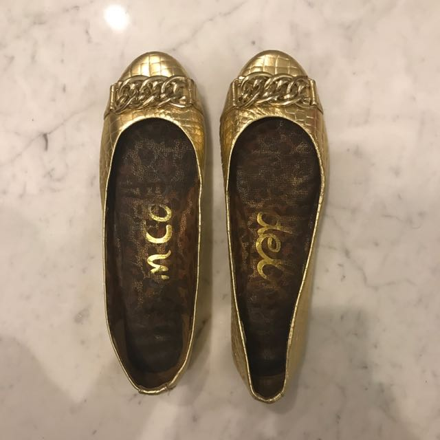 Gold flats with chain