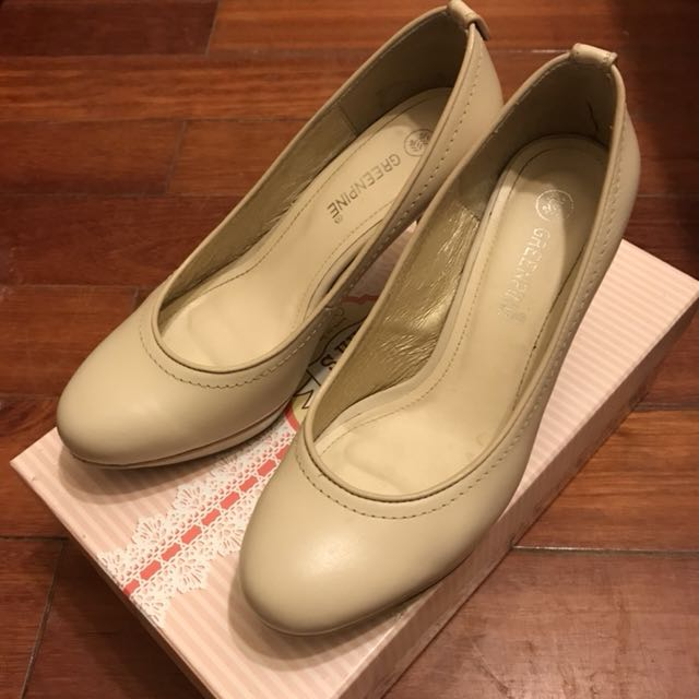 GREEPINE 白色跟鞋
