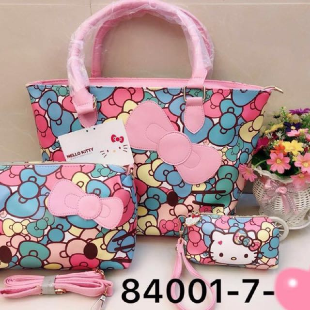 Hello Kitty Bag/Pouch Set