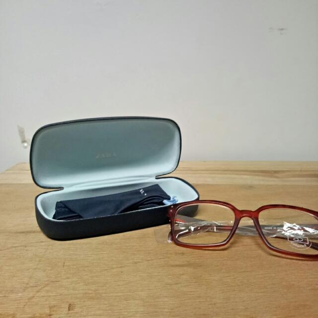 Kacamata Zara
