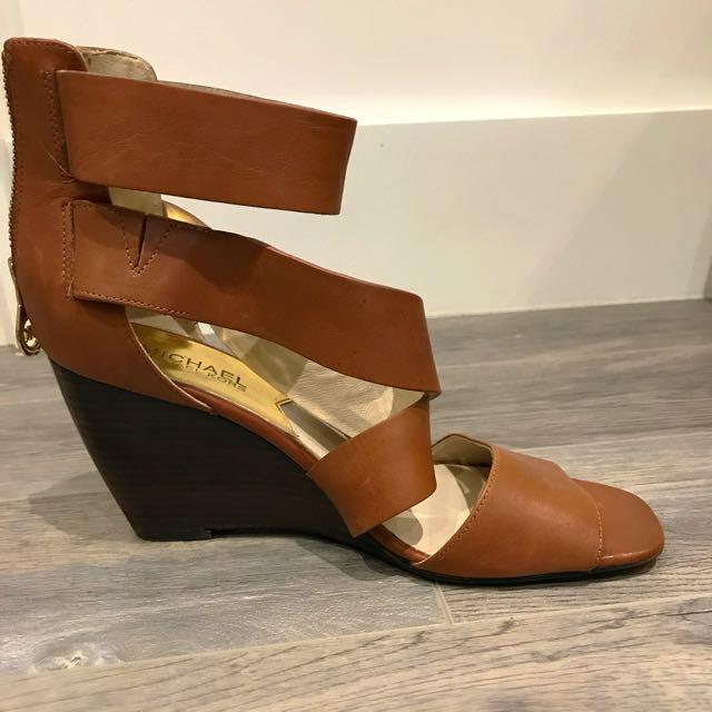 Michael Kors wedge sandals 7.5