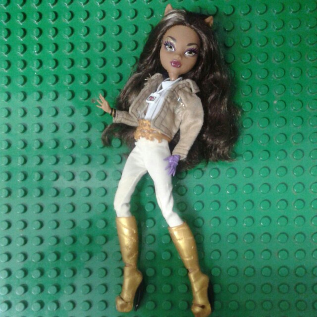 Monster high Clawdeen(+postage)