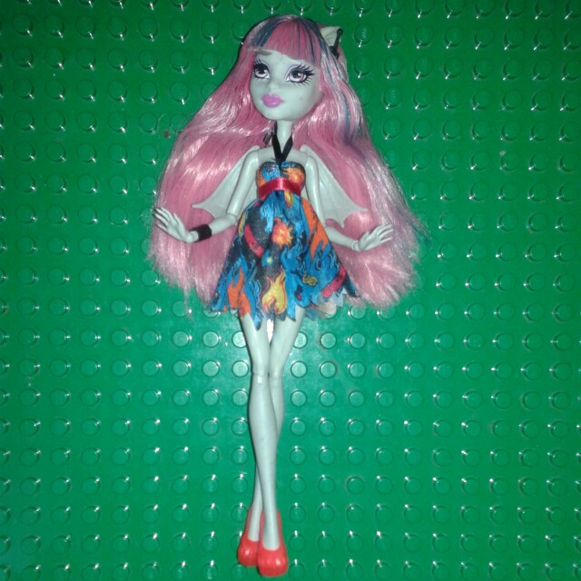 Monster high Rochelle(+postage)