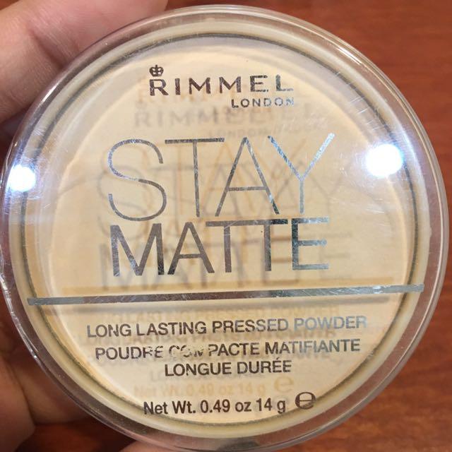 Rimmel stay matte粉餅