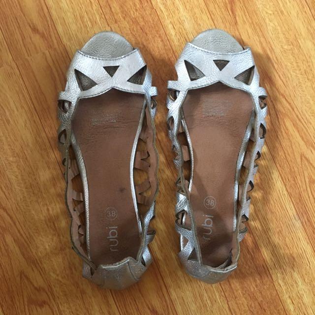 Rubi silver casual shoes