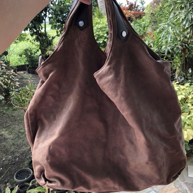 Soda shoulder bag with sling