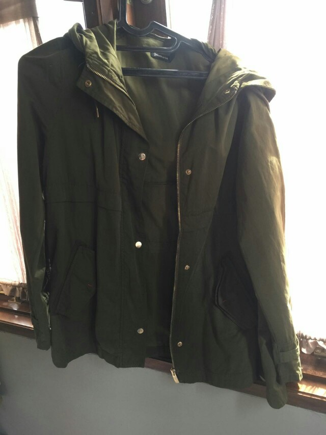 Stradivarius green jacket