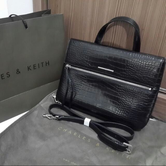 Tas Charles n Keith Original Singapore