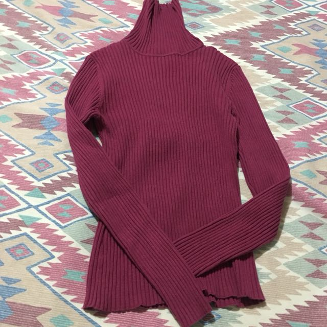 Turtle neck / Long sleeves