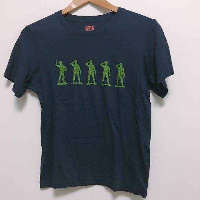 Uniqlo toy story soldiers Tshirt