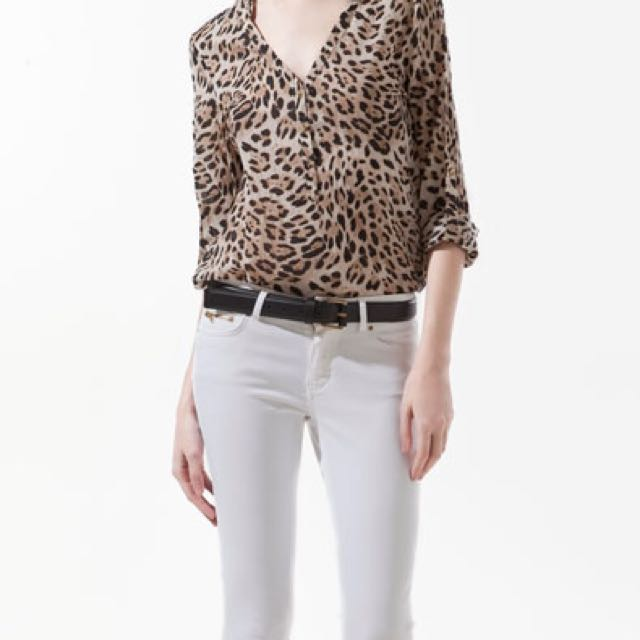 6027af0dff33 Zara Animal Print Blouse on Carousell