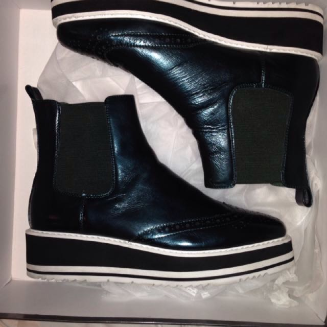 Zomp leather boots in forest green