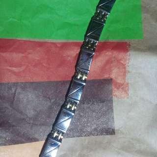 Healthy magnetic bracelet #GayaRaya