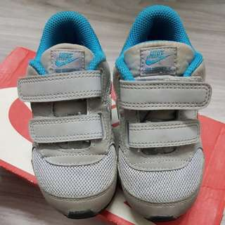 FREE SHIPPING PRELOVE TODDLER NIKE SHOES