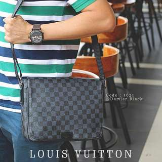 LOUIS VUITTON LV Men's & women's Sling Bag's  1021#p  Size : 27x8x21cm Quality : Semprem Material : Leather Ready 2 colours : - Damir Black - Damir Coffee New Model Weight : 0,7 kg  H 250rb