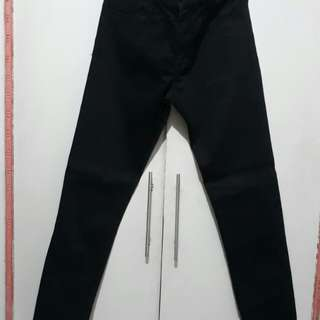 Uniqlo Stretch Skinny Fit Color Jeans