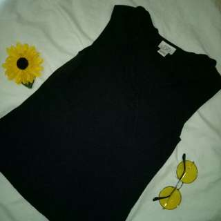 Vneck Sleeveless Top