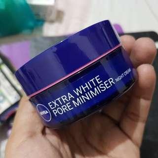 Nivea Extra White Pore Minimizer Night Cream