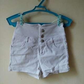 Pre 😍 high waist white short