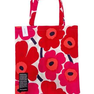 100% new and real Marimekko芬蘭 tote bag 環保袋 classic 大label版 經典大紅花 包本地平郵/順豐自取  購自芬蘭