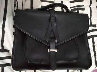 Trevita Black Sling Bag