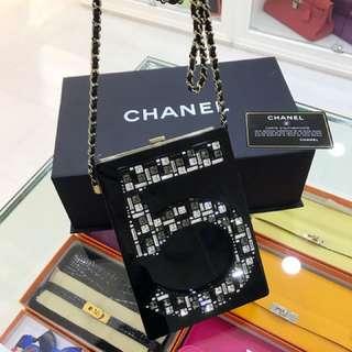 全球限量 Chanel no.5 閃鑽手袋
