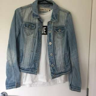 Denim Jacket size 8 (almost new)