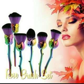 Rose makeup brush set