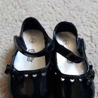 Infant girls dress shoes