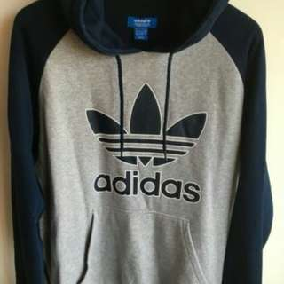 ADIDAS sweater large