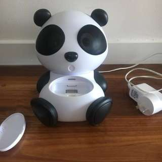Panda Docking Speaker for iPod / iPhone 4s