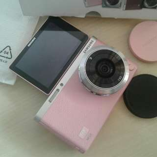 samsung nx mini in pink