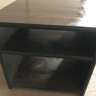 Side wooden table