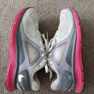 Nike Lunareclipse sports shoe