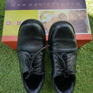 Pablosky school shoes