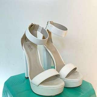 DOTTI white heels