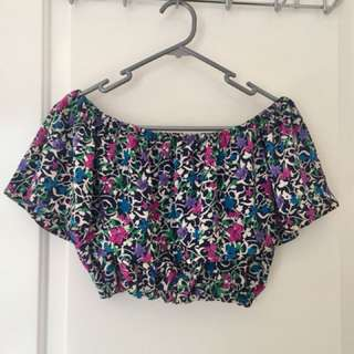 Off the shoulder floral crop top size 10-12/small/medium
