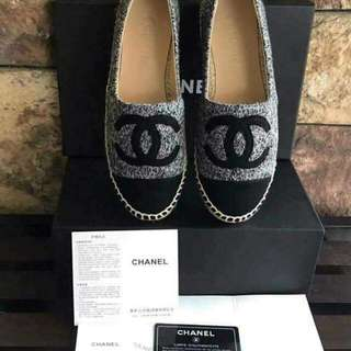 ON HAND!! C.h.a.n.n.e. l Shoes 💃  ✔️ High Grade Quality  ✔️ Authentic Overrun ✔️ Complete inclusions  Size:38  📌 Pm me for orders