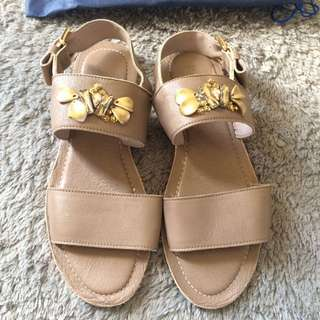 Strap Sandals with Beads