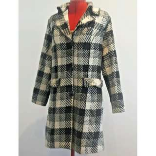 Black and White Overlock Style Womens Fitted Long Coat with Pockets Size 12